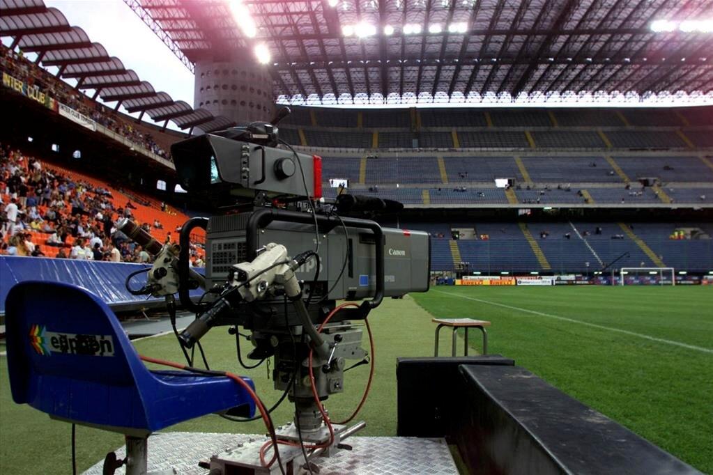 Diritti tv Calcio: De Siervo, avremo delle sorprese positive