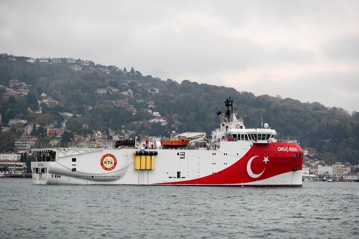 Nave turca torna nell'Egeo. Grecia: 'minaccia alla pace'