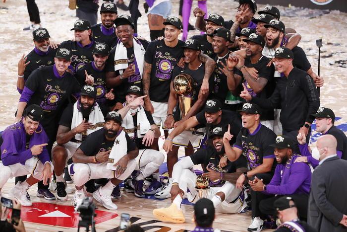 Nba, vittoria ai Lakers dopo 10 anni