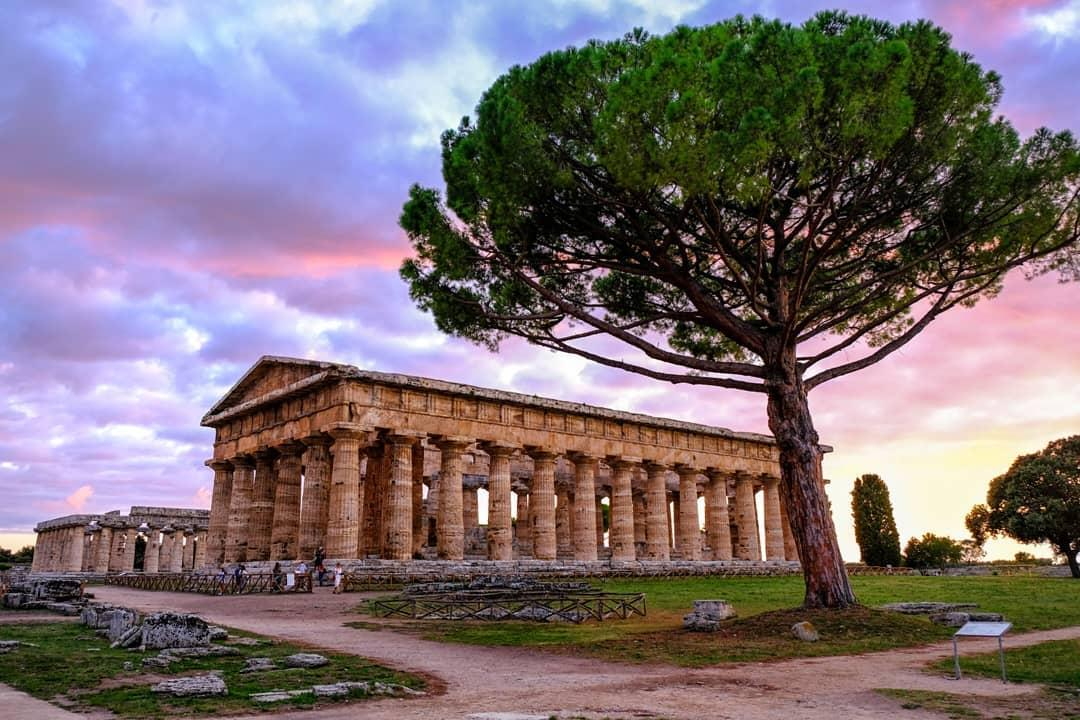 Paestum, pentito anonimo consegna 3 monete romane