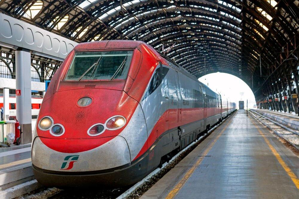 Fs: con Covid semestre in rosso, risultato netto -419 mln