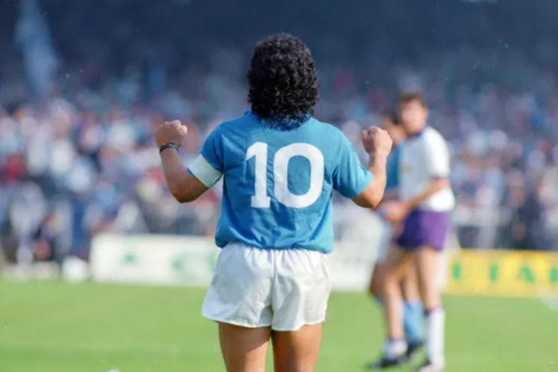 Morto Diego Armando Maradona, il più grande calciatore di sempre