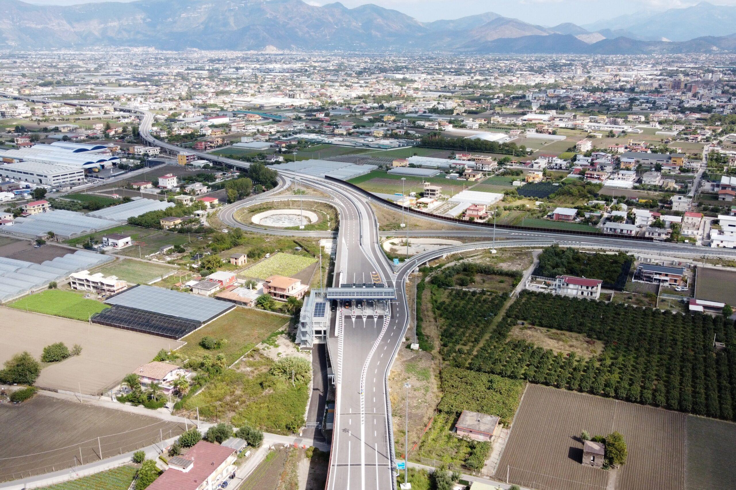Autostrada A3: aperto il nuovo svincolo di Angri