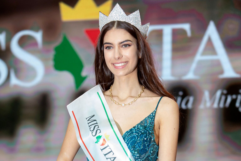 Miss Italia 2020, la reginetta è Martina Sambucini