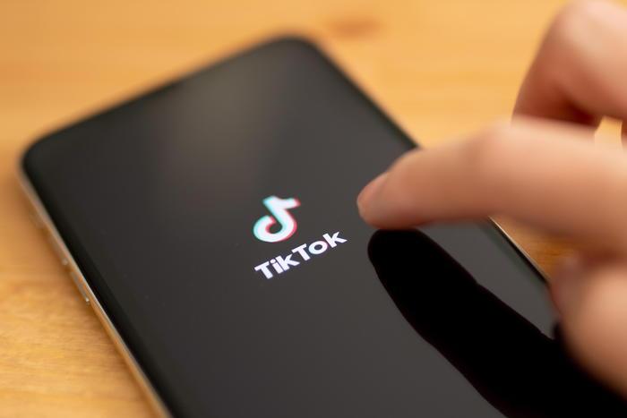 TikTok, misure per bloccare accesso under 13