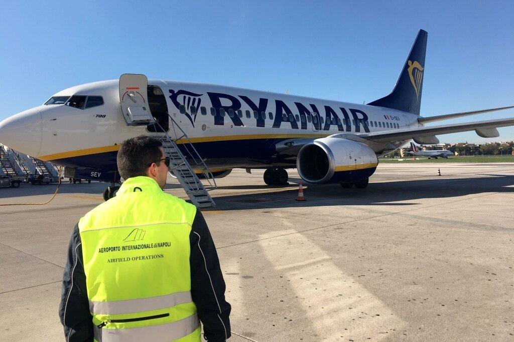 Estate 2021: Ryanair lancia tre nuove rotte da Napoli