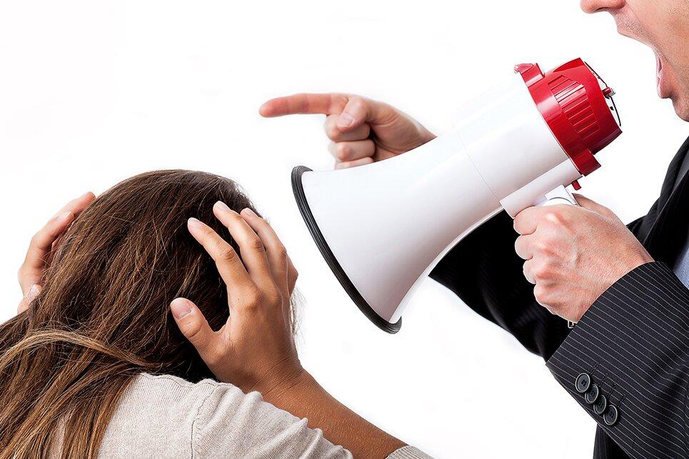 Violenza sui luoghi di lavoro: Cgil, Cisl, Uil e Confindustria Campania firmano accordo quadro